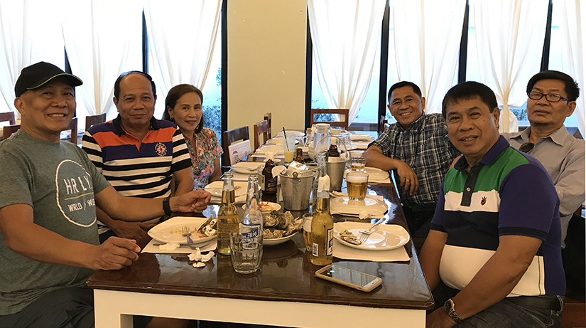 Iloilo Filii meet their Canadian Brother